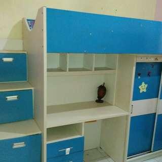 Tempat tidur anak 1 set (tempat tidur, meja belajar almari dan tangga laci)