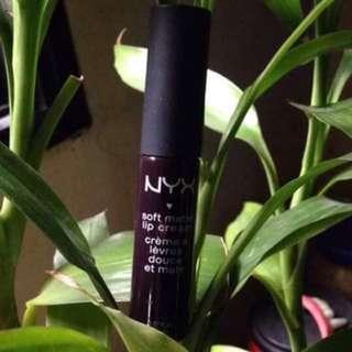 NYX Transylvania (soft matte lip cream)