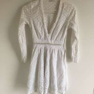 White lace mini dress | Size 8 AU