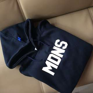 Madness hoodie size L