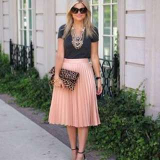 H&M peachy pleated midi skirt, 3/4 length