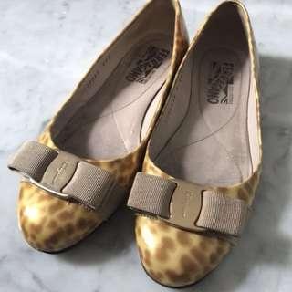 Salvatore Ferragamo flats shoes