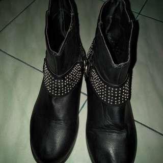 Boots fashion..