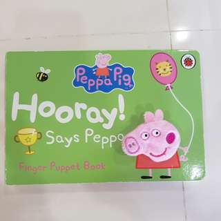 Peppa Pig To her Puppet Book