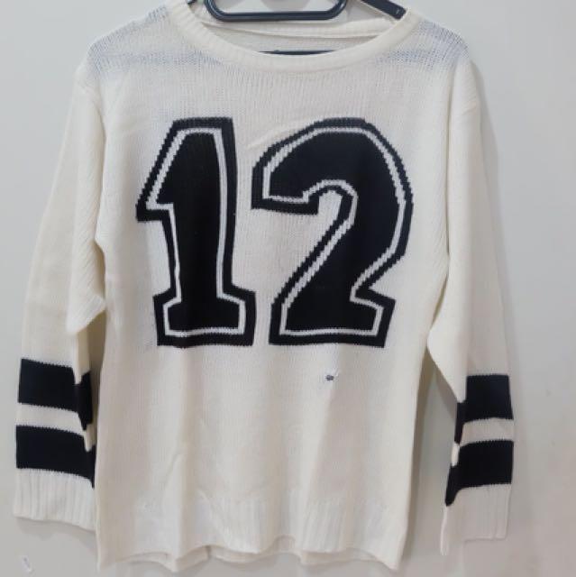 12 Sweater rajut