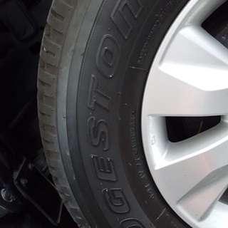 Bridgestone Deuler A/T 265 65R17