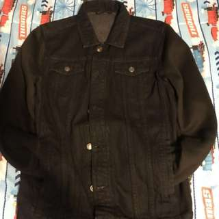 Black jean Levi jacket
