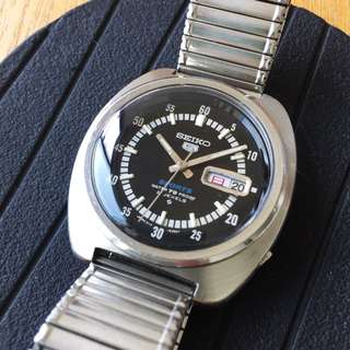 Vintage Seiko Automatic Black Dail 40mm (不議)
