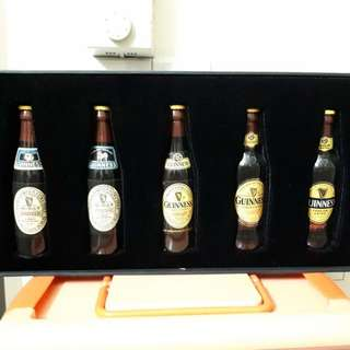 Guinness Miniature set