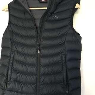 Macpac vest