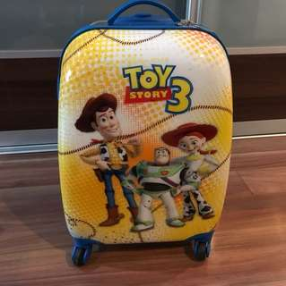 TOY STORY LUGGAGE CABIN SIZE