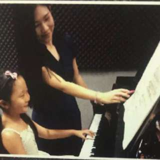 Looking for piano lesson?