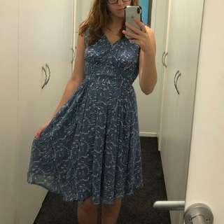 Max chiffon dress
