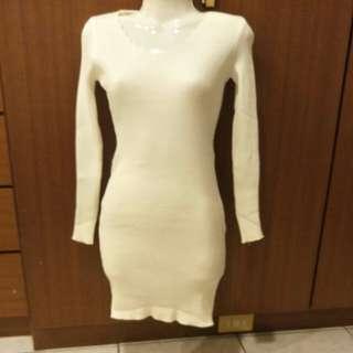 全新針織連身洋裝  要搬家要買的要快