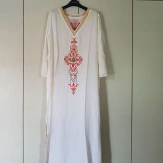 White Long Dress Jubah with Embroidery Size XL