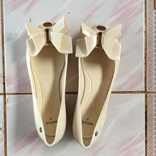 Brands outlet jelly shoes