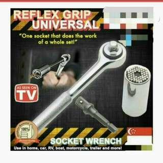 Xmas Sales GATOR GRIP Universal Socket