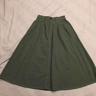 全新 軍綠 墨綠 及小腿肚 文青風A字長裙 鬆緊帶 F尺寸