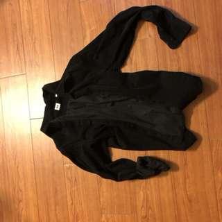 🚚 Uniqlo黑色燈芯絨襯衫