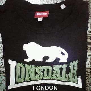Lonsdale  size xs pit 17