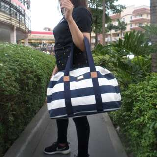 Repriced!! Tommy Hilfiger Duffle Bag