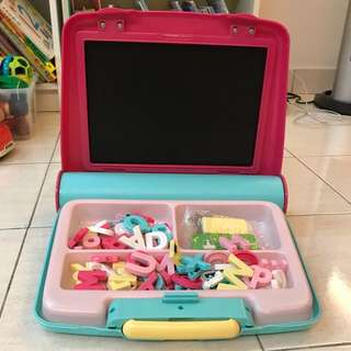 Early Learning Centre - Magnetic Play Centre - Pink