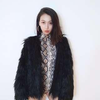 【黑店】歐美明星款 黑色長毛造型開襟外套 舞台裝 尺寸可選