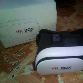 Virtual reality Glasses (VR box) with Bluetooth controller