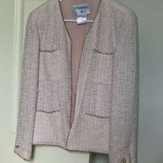 Chanel pink pearls jacket skirt set size 36