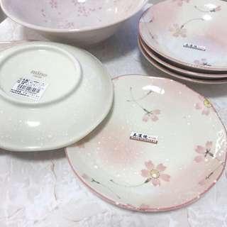 日本美濃燒櫻花陶瓷碟 17cm 高 2.8cm