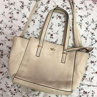 Miss handbag