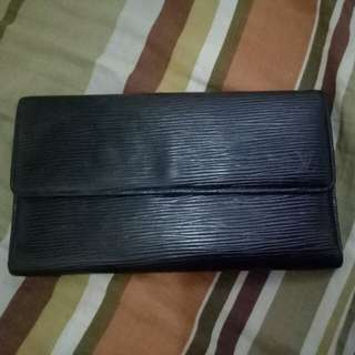 Lv epi trifold wallet
