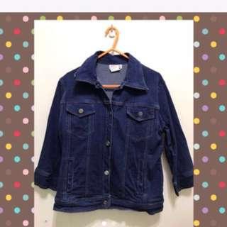 深藍色牛仔外套 #四百不著涼 #兩百元單寧 #我的女裝可超取