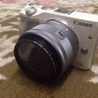 Canon EOS M3 24.7mp