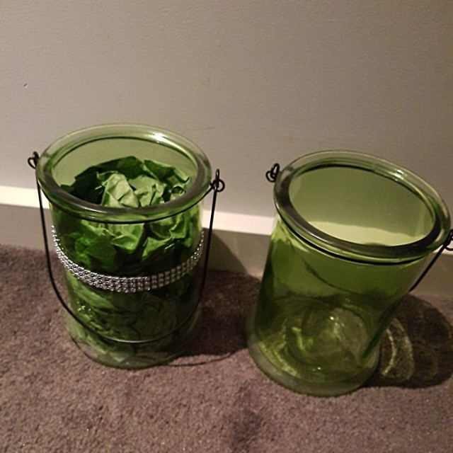 2x green with silver bling on the vase and 1x without silver bling $3 each or 3 for $10