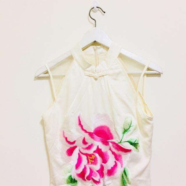 古典美 精緻改良式刺繡旗袍