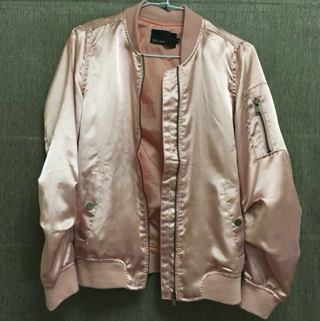 玫瑰金薄棒球外套 #我的女裝可超取