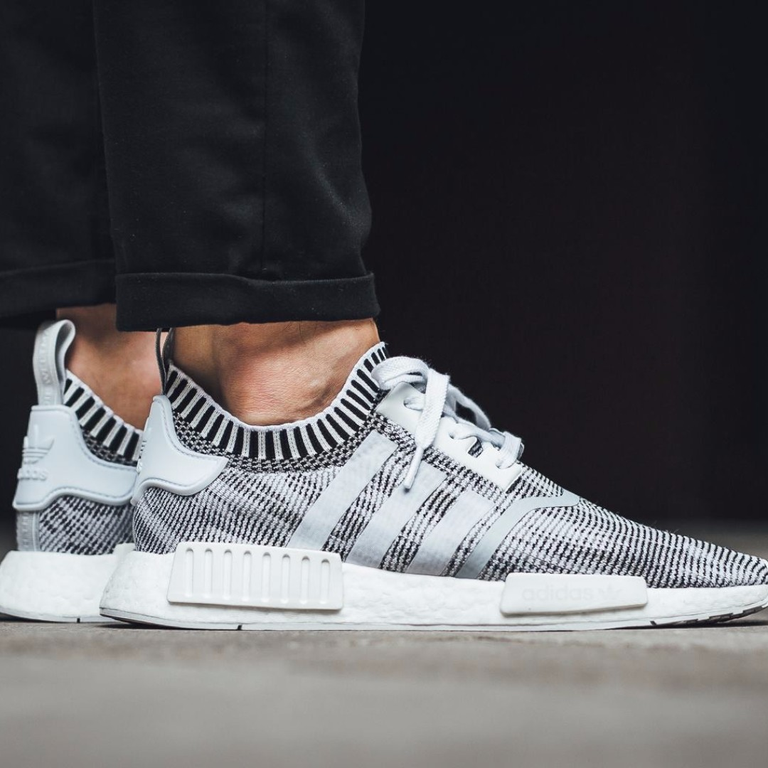 22bdcebd6fe92 adidas NMD R1 Glitch Camo White Black, Men's Fashion, Footwear on Carousell