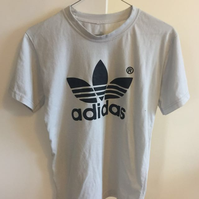 ADIDAS Tee SMALL Baby Blue