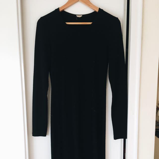 Aritzia: Wilfred Black Knit dress