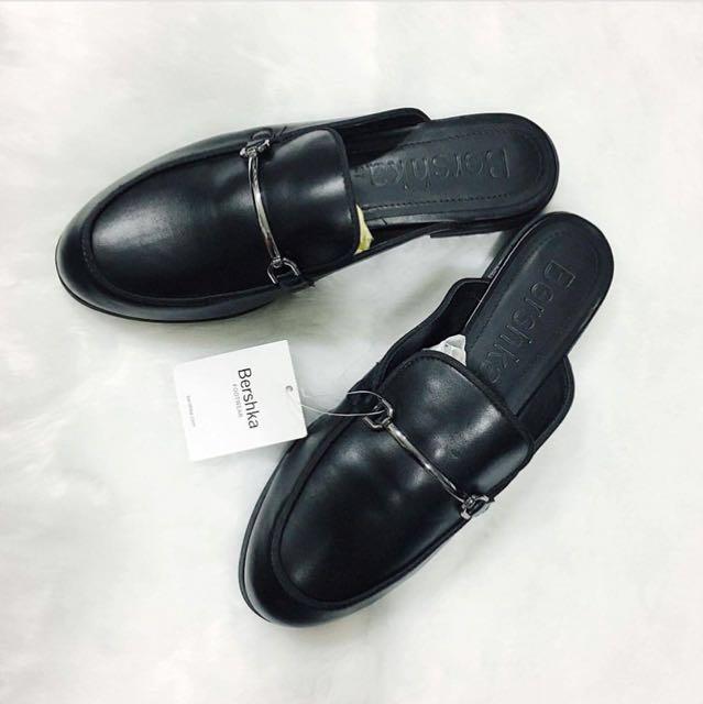 941a38102d1 Bershka mules Size 37 (Gucci inspired)