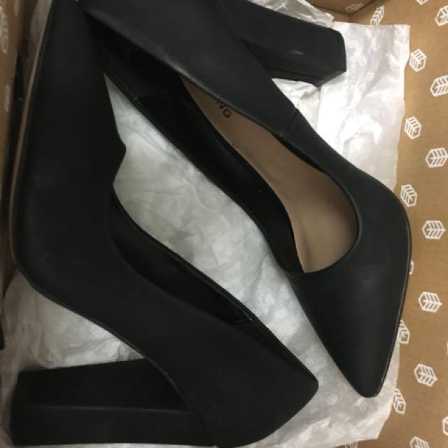 Black heels call it spring