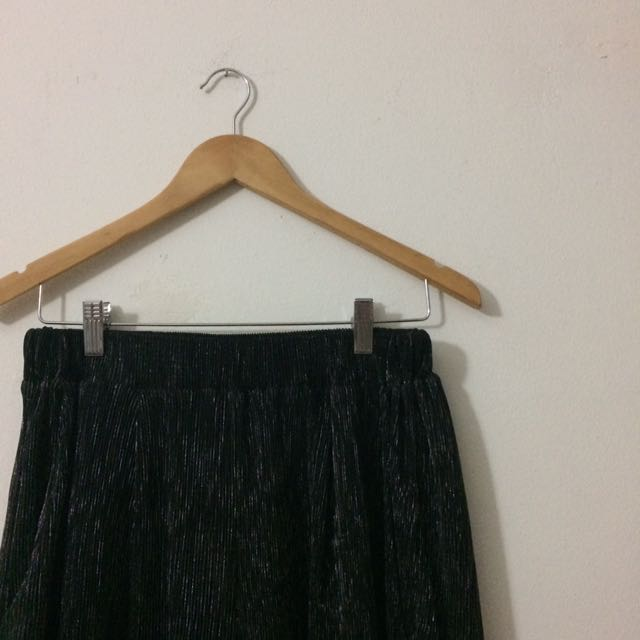 Brands Outlet Glitter Pleated Pant