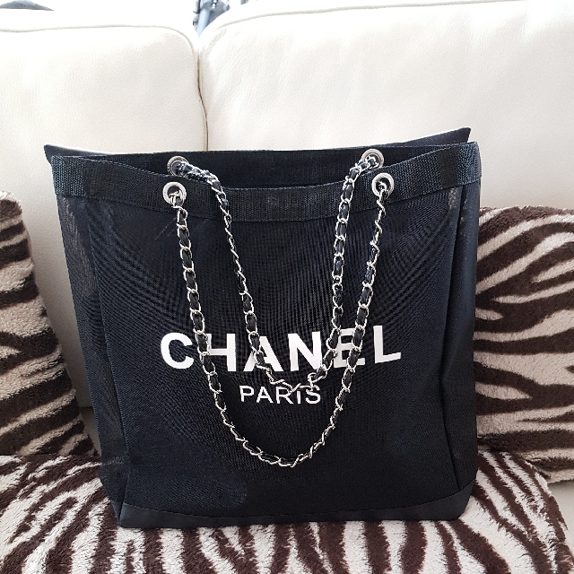 c556db370d21 Chanel Tote Bag Beach Bag transparent, Women's Fashion, Bags & Wallets on  Carousell