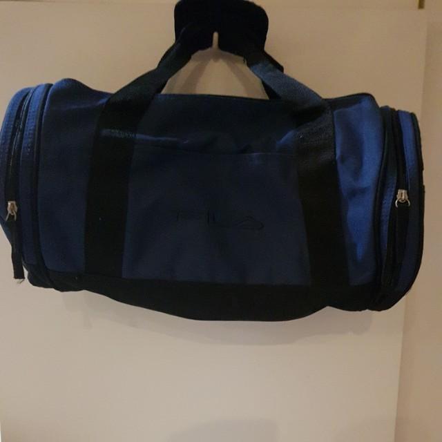 1cb2fa80f31a Fila sport bag