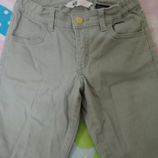 H & M short