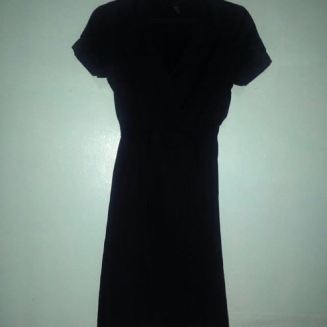 H&M Knee Length Black Dress