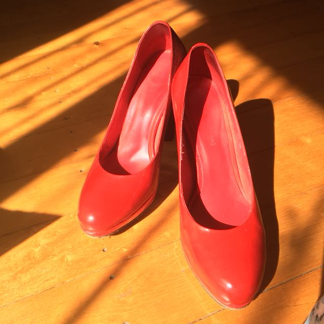 Isabella Anselmi patent leather red shoes 38