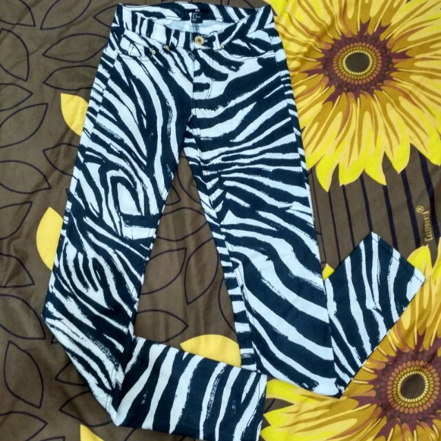 Jeans h&m motif zebra size 32