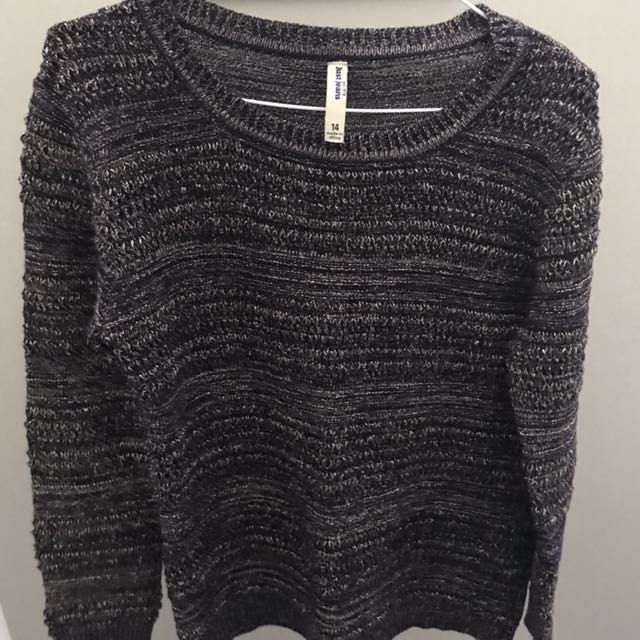 Just Jeans Jumper (Kids 14) fits like a 6-8 (women's)